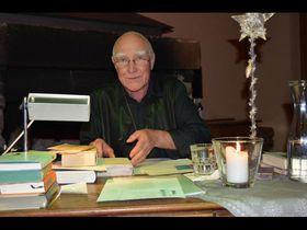 Auch Edgar M. Böhlke ist bei der Benefizgala wieder dabei. Foto: Archiv