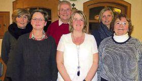 Der neugewählte Vorstand (von links): Anita Meinhart, Janett Gläß, Wolfgang Zinn, Marion Schulze, Kerstin Mayer, Doris Frank. Es fehlt: Alexandra Schiller. Foto: Eigner